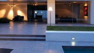 eclairage-piscine-et-terrasse